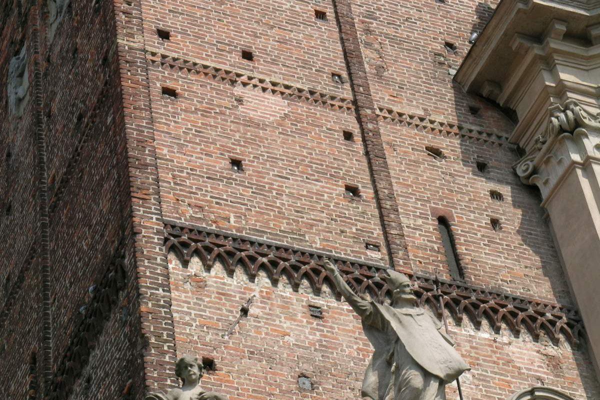 campanile_statua